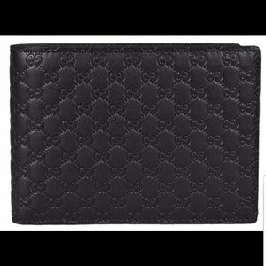 Gucci Men's GG Guccissima Large Leather Bifold